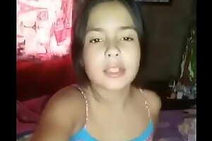 Chica de 18 años se manosea cuando su madre sale de casa. VIDEO COMPLETO: https://tii.ai/videocompleto001