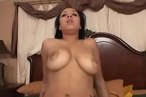 Gorgeous Misti Love seduces the builder and gives him a deep blowjob