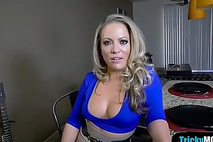 Stepsis spying on us while our MILF stepmom blows me