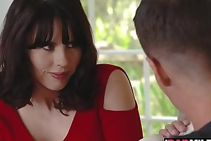 Amber Chase helps stepson study but end up sucking him!