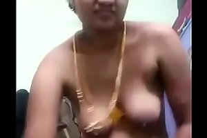 VID-20180521-PV0001-Chennai (IT) Tamil 37 yrs old married housewife aunty Pushpa showing her boobs and pussy sex porn video