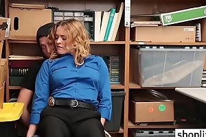 Hot blonde LP officer with big ass fucked by a thief