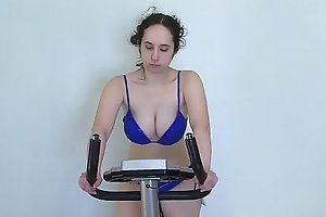 Natasha posing #8 (velosimulator)