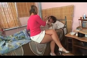 Young carer golden-haired whore ramrod throbbing - giovane badante bionda troia vogliosa