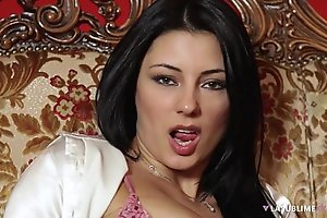 Lasublimexxx sofia cucci can't live without unaccompanied duplicate fool around with a sex toy almost will not hear of pain in the neck